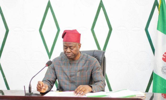 Makinde, Oyo APC trade words over defection rumour