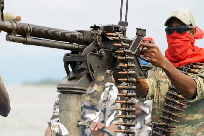 Niger Delta Avengers announce return, vow to resume attacks on oil facilities -
