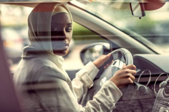 Kano rebuts trending story on women driving ban